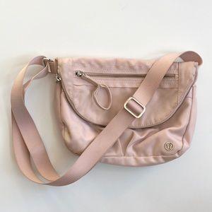 || LuLuLemon || Pale Pink Nylon Cross body bag